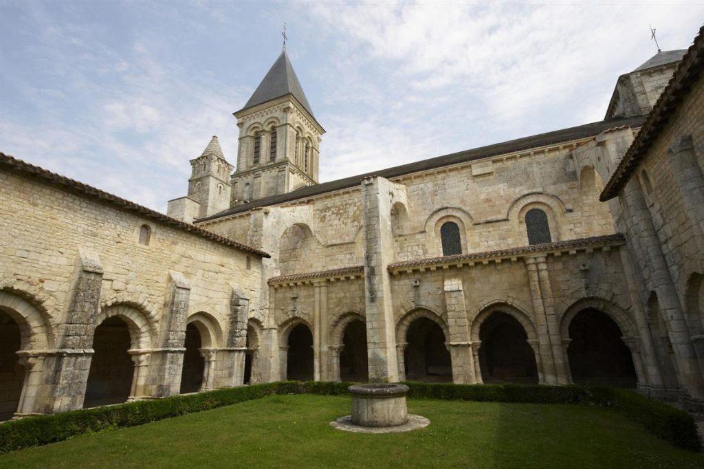 L'Abbaye de Nieul sur l'Autise