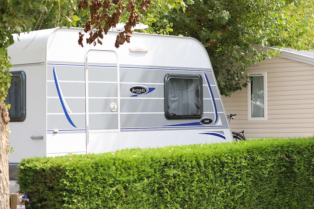 caravane au camping saint-gilles-croix-de-vie